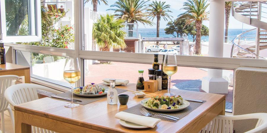 the-bay-hotel-restaurants-bistro-dining