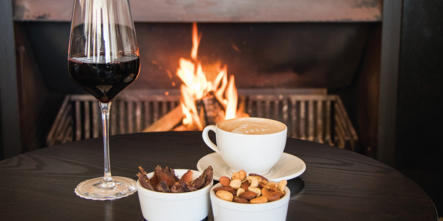 the-bay-hotel-restaurants-caamils-bar-wine-and-fireplace