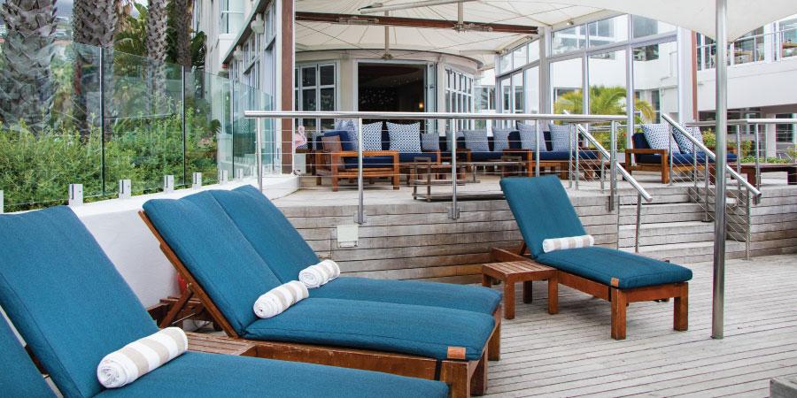 the-bay-hotel-restaurants-sandyb-loungers