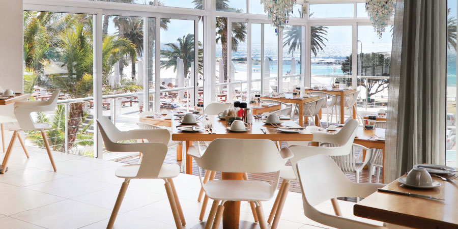 the-bay-hotel-restaurants-tides-interior-1