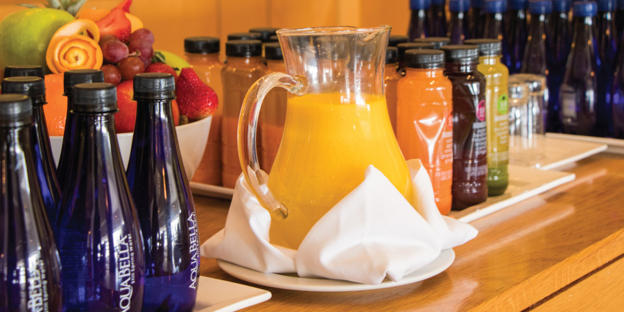 the-bay-hotel-restaurants-tides-juice-bar